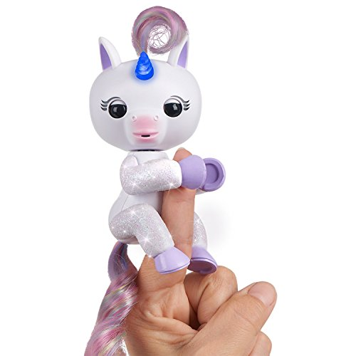 Fingerlings Light Up Unicorn - Mackenzie (White) - Friendly Interactive Toy by WowWee